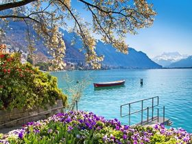 Genfer See in Montreux © Michal Ludwiczak - stock.adobe.com